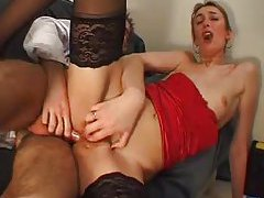Doctor does her asshole and she loves it tubes
