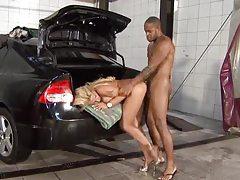 Black guy taps the blonde slut with big tits tubes