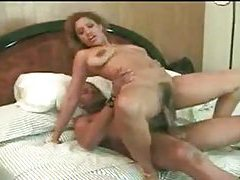 Hairy pussy chick goes anal and loves it tubes
