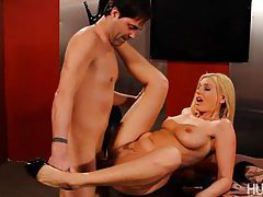 Hot Blonde Darryl Hanah Fucked Hard tubes