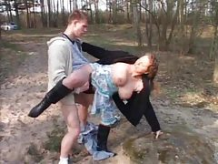 Sex by the pond with chubby milf tubes
