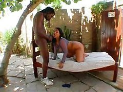 He fucks the Latina with a fat ass outdoors tubes