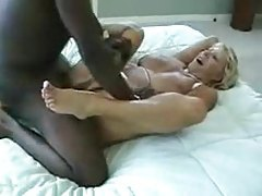 Hot wife pumped in bed by black cock tubes