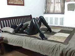 Girl in latex catsuit masturbates tubes