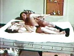 Hairy box vintage fuck film with cumshot tubes