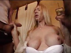 Mature French woman fucked in her bathroom tubes