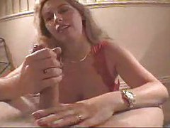 Milf babe Wifey doing lots of cumshots tubes