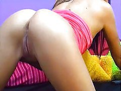 petite cam babe rubs her pussy for you tube
