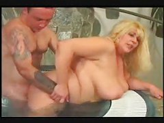 Fat girl fucked in the pool outdoors tubes
