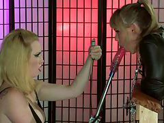 Hot Slave Gets Her Punishment tube