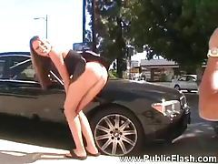 She shows her nude body at the mechanic tubes
