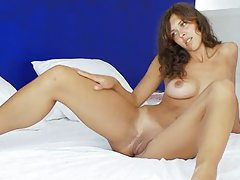 Shocking brunette fingering and toying pussy tubes