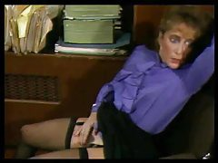 Secretary milf gives loving blowjob tube