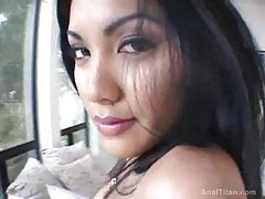A delicious dance from a super hot girl tubes