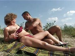 Mature outdoors rides a big dick tubes