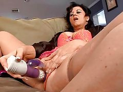 Young man finds mature totally seductive tubes