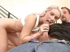 Hottie with a great body loves big cocks tubes