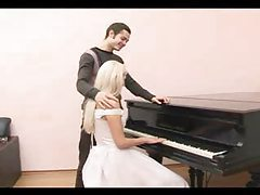 Fucking the bride that sits at the piano tubes