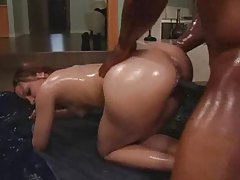 She bounces her big ass before sex tubes
