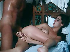 Sensual kissing and fucking in classic scene tube