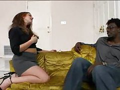 Can she seduce the black guy? tubes
