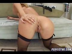 Tasty milf in stockings gets anal sex tubes