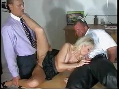 Slut is happy to make both men feel good tube