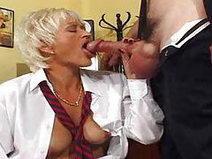 Secretary gives up her pussy to the boss tubes