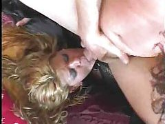 Milf doesn't mind getting double penetrated tubes