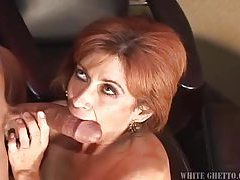 Mature can suck cock like a pro tubes