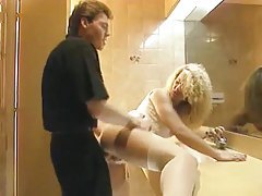 Free Bathroom Movies