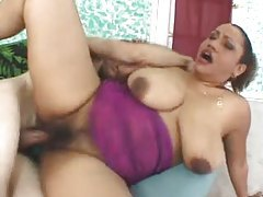 Shaved fat black mature loves white cock tubes