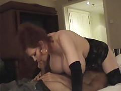 Massive tits on redhead milf that fucks tubes