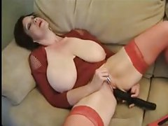 Huge tits on this amateur masturbating babe tubes