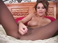 Amy Reid does pantyhose tease and JOI tubes