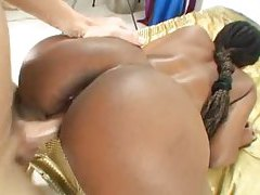 Black girl and the white cock have sex tubes
