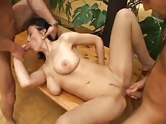 Big beautiful natural tits on threesome slut tubes