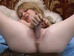 Her solo pussy drips as she toys fucks it hard tubes