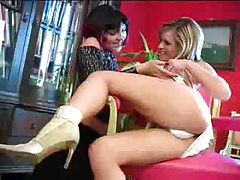 Blonde loves to have her pussy licked tubes