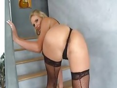 Phoenix Marie shakes her fabulous ass tubes