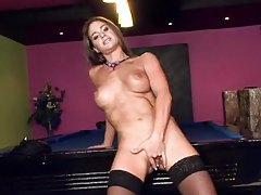 She strips in the pool hall to arouse you tubes