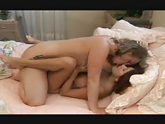 The women eat pussy and kiss passionately tubes