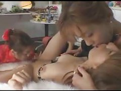 Japanese girls do a three way kiss tubes