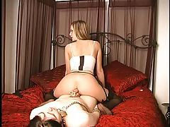 Maitresse Madeline tease and ass worship tubes