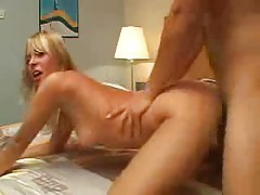 Blonde is gorgoeus and makes hot porn tubes