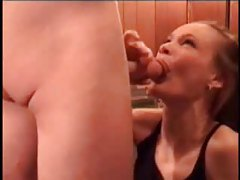 Guys cum when amateur girls blow them tubes