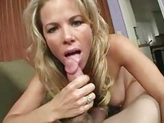 Putting cock in her pussy from behind tubes