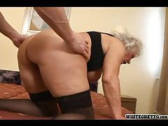 Hairy pussy granny nailed in her box tubes