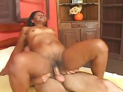 Black mature fucked in her hairy cunt tubes