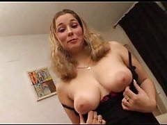Curvy girl chats and gets her pussy played with tubes